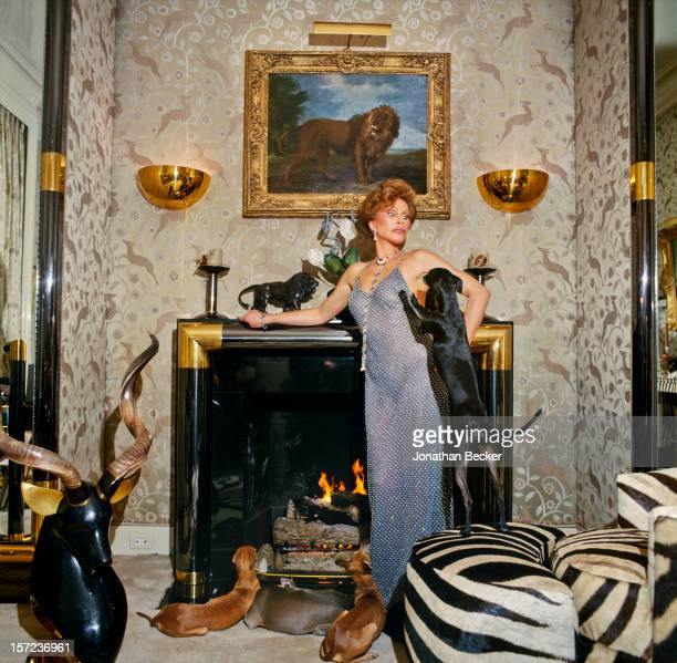 Socialite Jocelyn Wildenstein is photographed for Vanity Fair Magazine on January 11 1998 at home in New York City PUBLISHED IN JONATHAN BECKER 30...