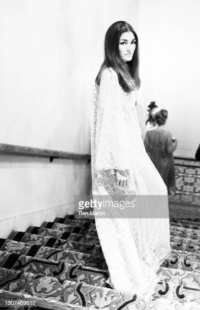 Socialite Minnie Cushing wearing a gown by Oscar De La Renta inspired by Desdemona in Othello at the Shakespeare Ball at the Plaza Hotel to benefit...
