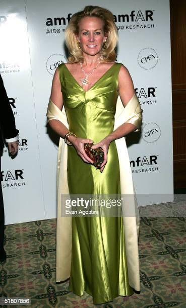 Socialite Muffie Potter Aston attends the amfAR New York Gala on November 30 2004 at The Pierre Hotel in New York City Singer and AIDS activist Patti...