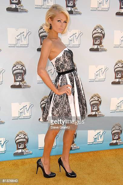 Socialite Paris Hilton arrives to the 2008 MTV Movie Awards on June 1, 2008 at the Gibson Amphitheatre in Universal City, California.