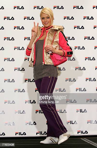 Socialite Paris Hilton poses at a photocall after a news conference at the Hyatt Hotel on November 9 2007 in Seoul South Korea Hilton is in South...
