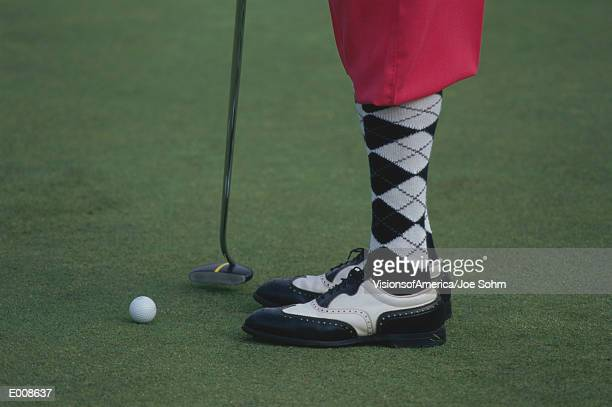 socks and shoes of golfer - knickers stock-fotos und bilder
