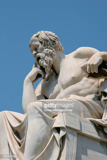 greek classicism Definition of classicism both ancient greek and ancient roman writers stressed restraint and restricted scope, reason reflected in theme and structure.