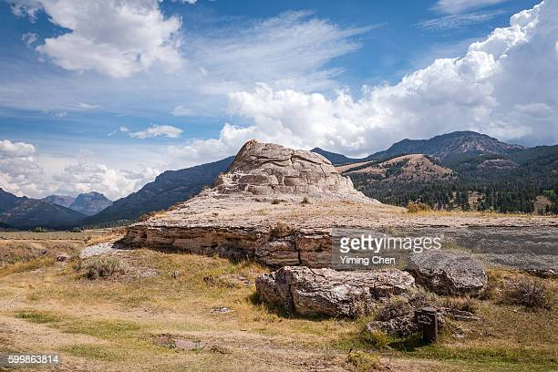 soda butte in yellowstone national park - 100th anniversary stock pictures, royalty-free photos & images