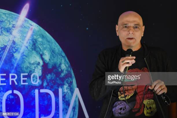 Soda Stereo's singer Zeta Bosio attends a press conference to promote the latest album 'Septimo Dia' at Camino Real Hotel on November 27 2017 in...
