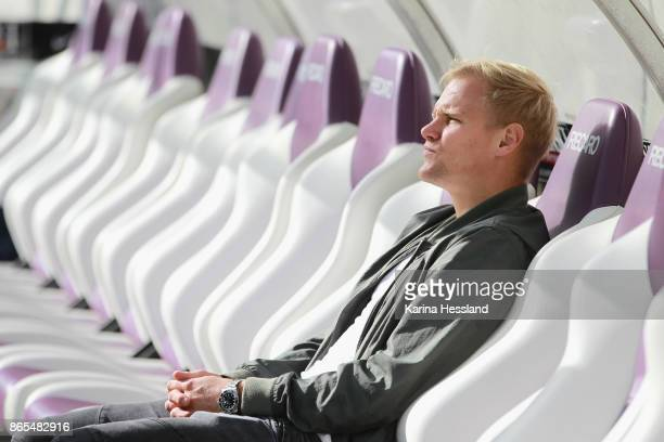 Soeren Bertram of Aue injured on the bench during the Second Bundesliga match between FC Erzgebirge Aue and SSV Jahn Regensburg at...