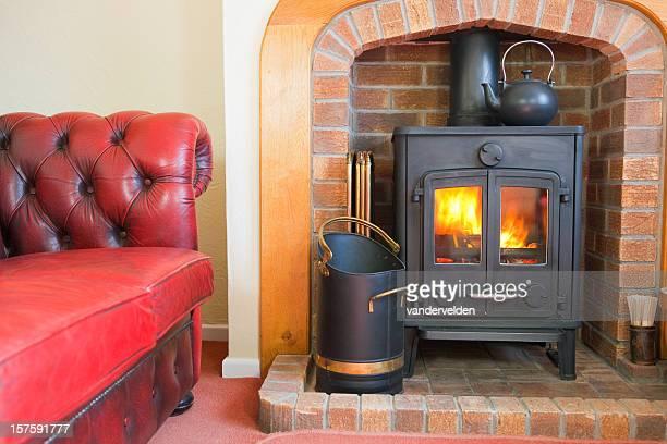 Canapé et d'une cuisinière à bois