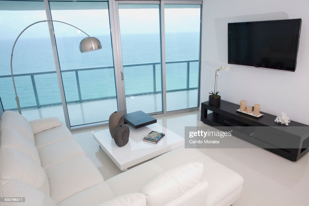 Sofa, coffee table and television in modern living room : Foto stock