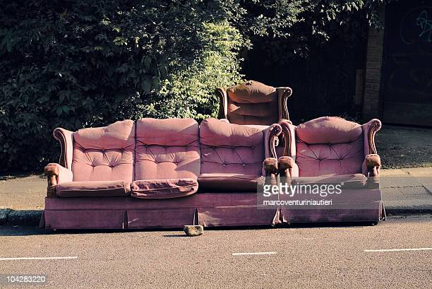 sofas abandoned in north london - marcoventuriniautieri stock pictures, royalty-free photos & images