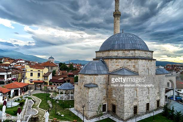 sofi sinan pasha mosque in prizren, kosovo - kosovo stock pictures, royalty-free photos & images
