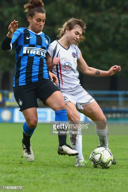Sofia Colombo of FC Internazionale Women competes for the ball with Marzia Visani of Orobica Women during the Women Serie A match between FC...