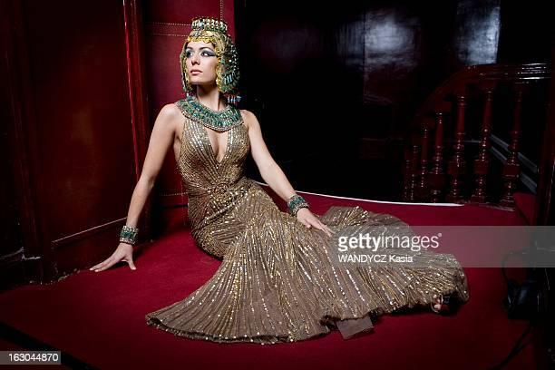 Sofia Essaidi The New Cleopatre Sofia ESSAIDI 24 ans va interpréter Cléopâtre dans le nouveau spectacle musical de Kamel Ouali 'Cléopâtre la dernière...