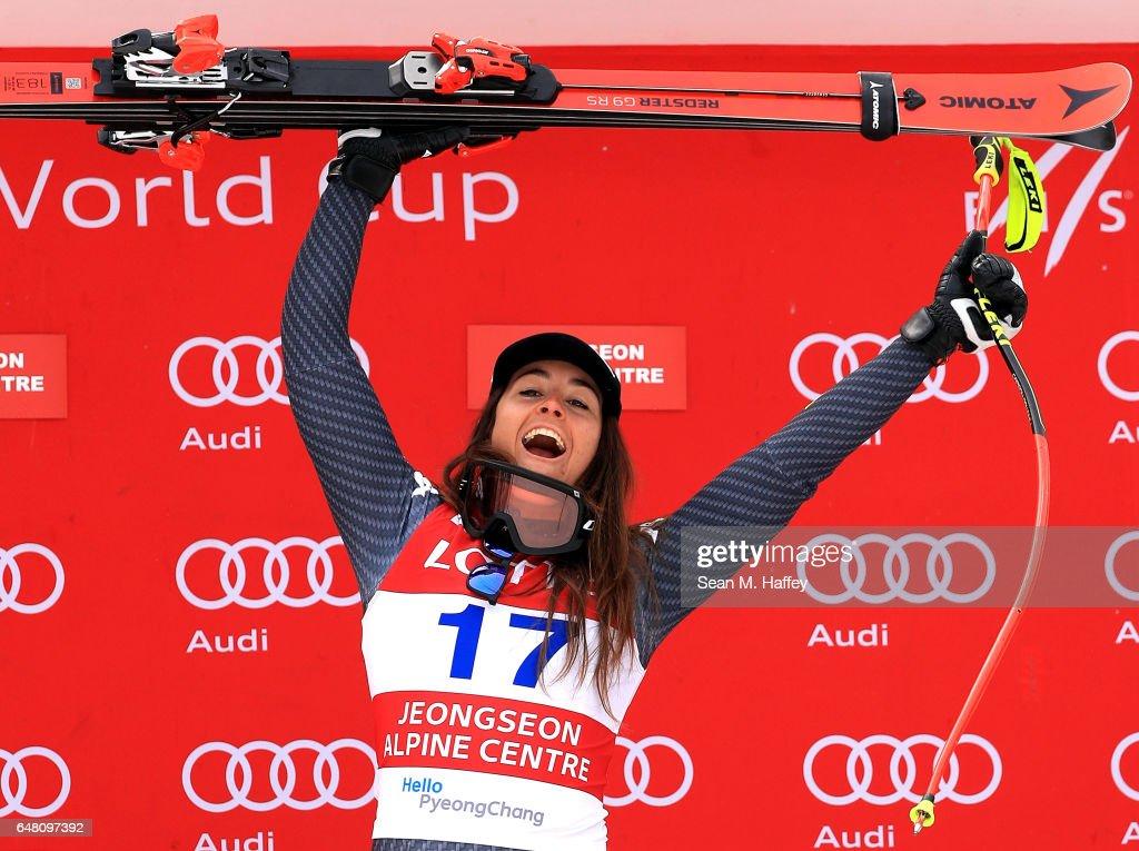 Audi FIS Ski World Cup 2017 - Jeongseon - Ladies' Super G : News Photo