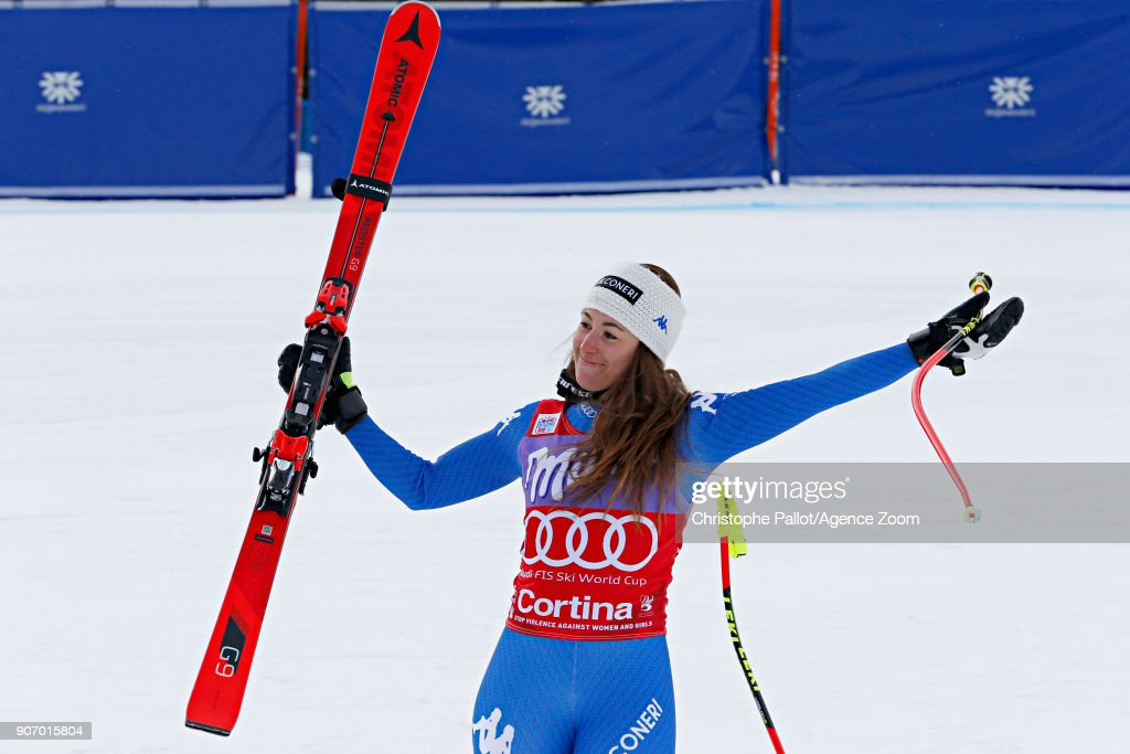 Audi FIS Alpine Ski World Cup - Women's Downhill : News Photo