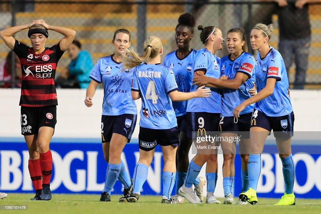 W-League Rd 11 - Sydney v Western Sydney : News Photo