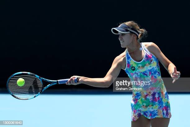 Sofia Kenin of the United States plays a forehand in her match against Jessica Pegula of the United States during day four of the WTA 500 Yarra...