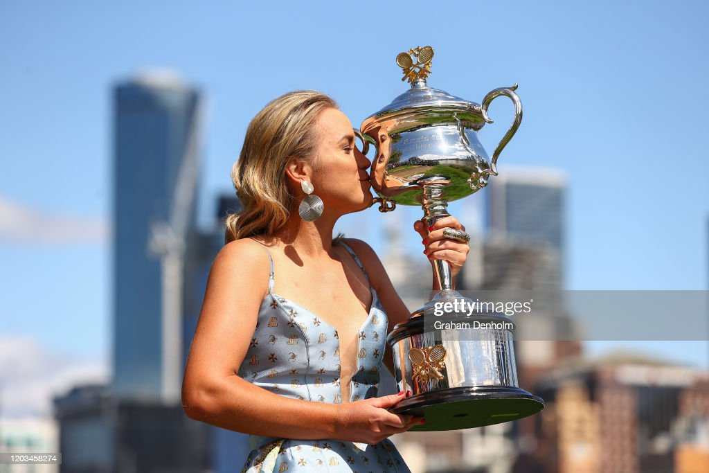 2020 Australian Open Women's Trophy Media Opportunity : News Photo