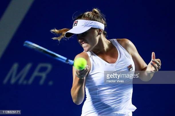 Sofia Kenin of United States returns a ball during the semifinals match between Bianca Andreescu of Canada and Sofia Kenin of United States as part...
