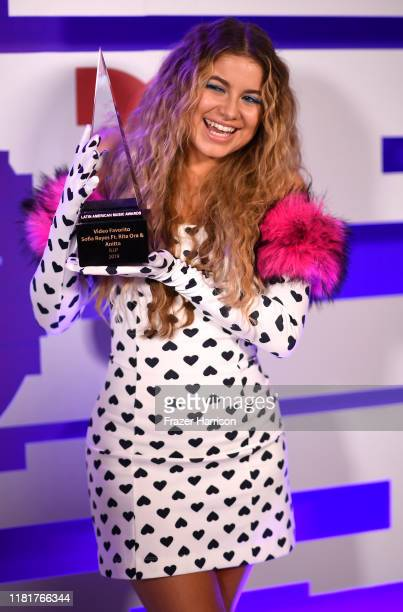 Sofia Reyes with her award for favorite video for RIP at the 2019 Latin American Music Awards Press Room Dolby Theatre in Los Angeles on October 17...