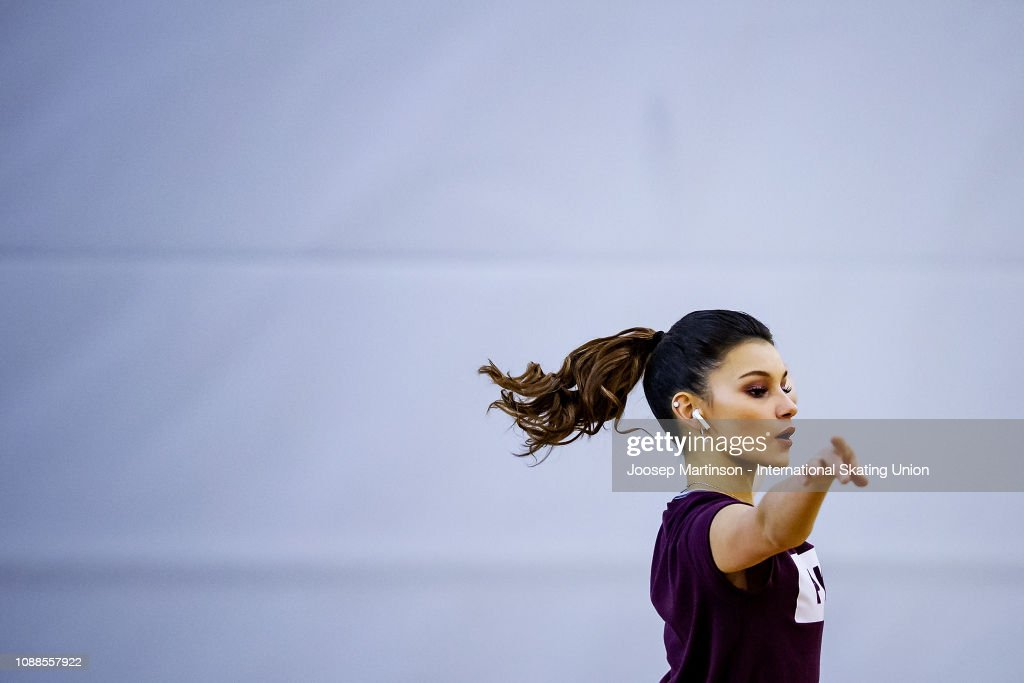 https://media.gettyimages.com/photos/sofia-samodurova-of-russia-warms-up-in-the-ladies-free-skating-during-picture-id1088557922