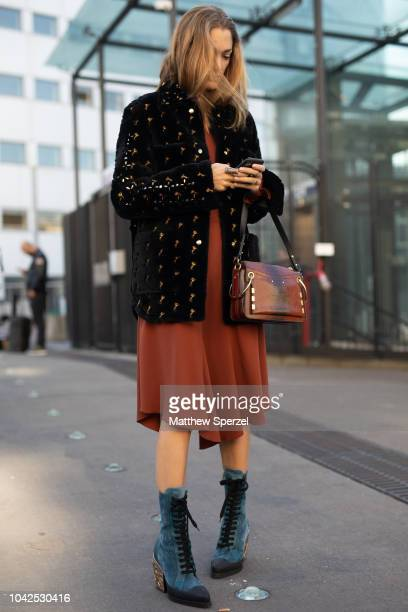 Sofia Sanchez De Betak is seen on the street during Paris Fashion Week SS19 wearing Chloe on September 27 2018 in Paris France