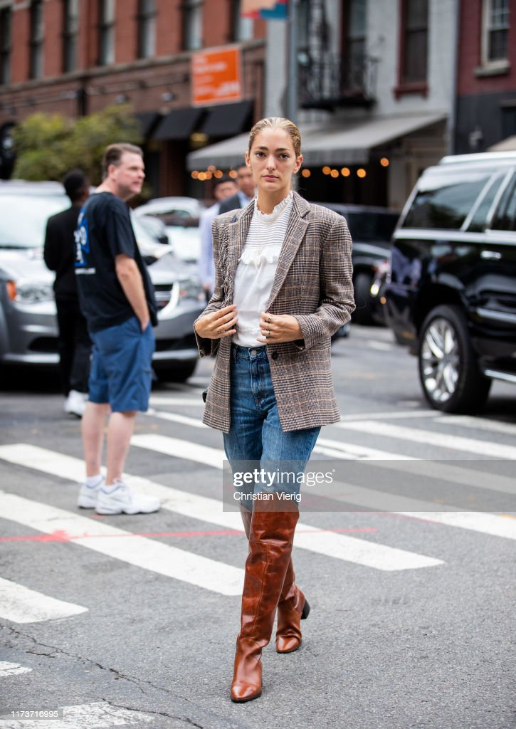 Street Style - New York Fashion Week September 2019 - Day 6 : Photo d'actualité