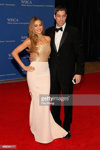 Sofia Vergara and Nick Loeb attends the 100th Annual White House Correspondents' Association Dinner at the Washington Hilton on May 3 2014 in...