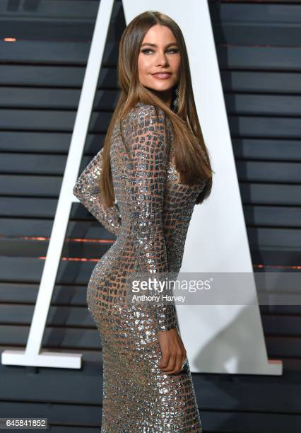 Sofia Vergara attends the 2017 Vanity Fair Oscar Party hosted by Graydon Carter at Wallis Annenberg Center for the Performing Arts on February 26...
