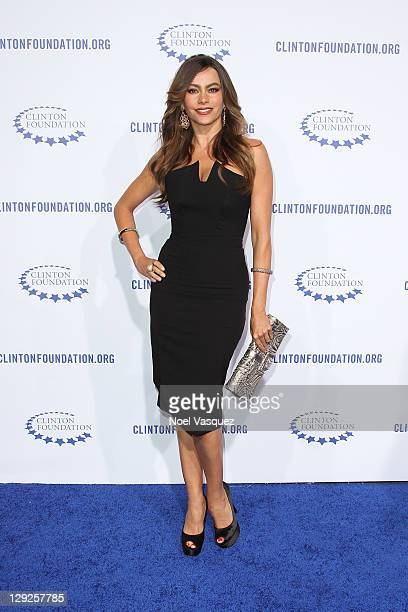 3cda4f80bc0f3 Sofia Vergara attends the The Clinton Foundation's A Decade Of Difference  Gala at The Hollywood Palladium