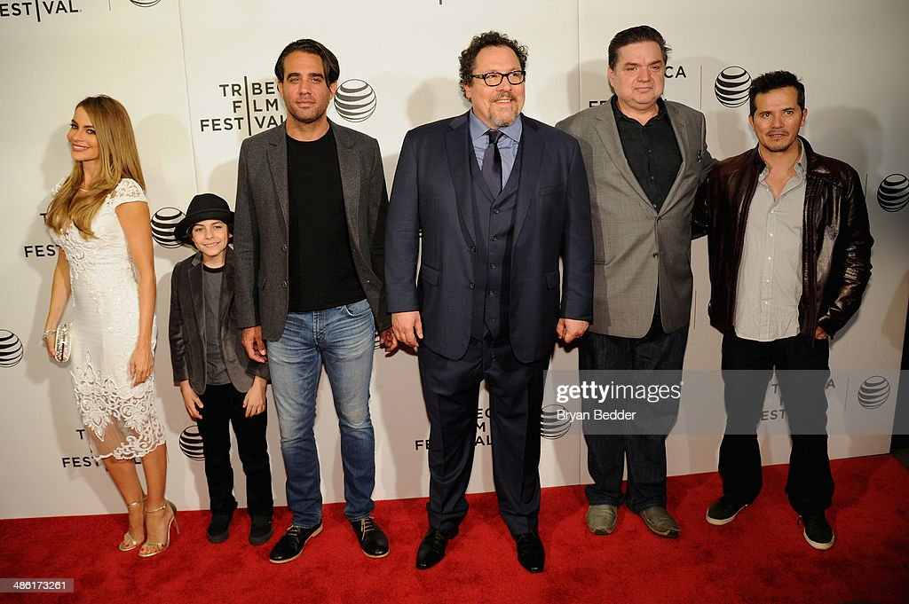 """Sofia Vergara, Emjay Anthony, Bobby Cannavale, Jon Favreau, Oliver Platt and John Leguizamo attend the """"Chef"""" world premiere exclusively for American Express card members on April 22, 2014 in New York City."""