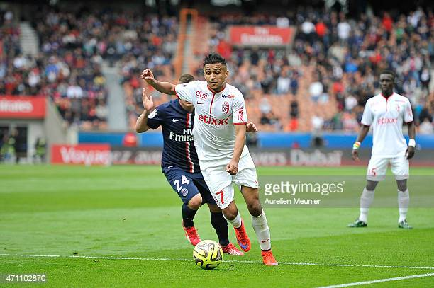 Sofiane Boufal of Llosc Lille in action during the Ligue 1 game between Paris Saint Germain and Llosc Lille at Parc des Princes on April 25 2015 in...