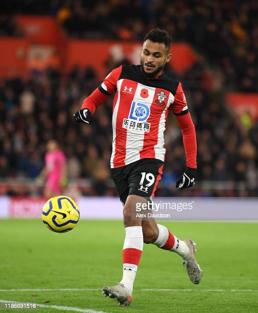 Sofiane Boufal of Southampton FC in action during the Premier League match between Southampton FC and Everton FC at St Mary's Stadium on November 09...