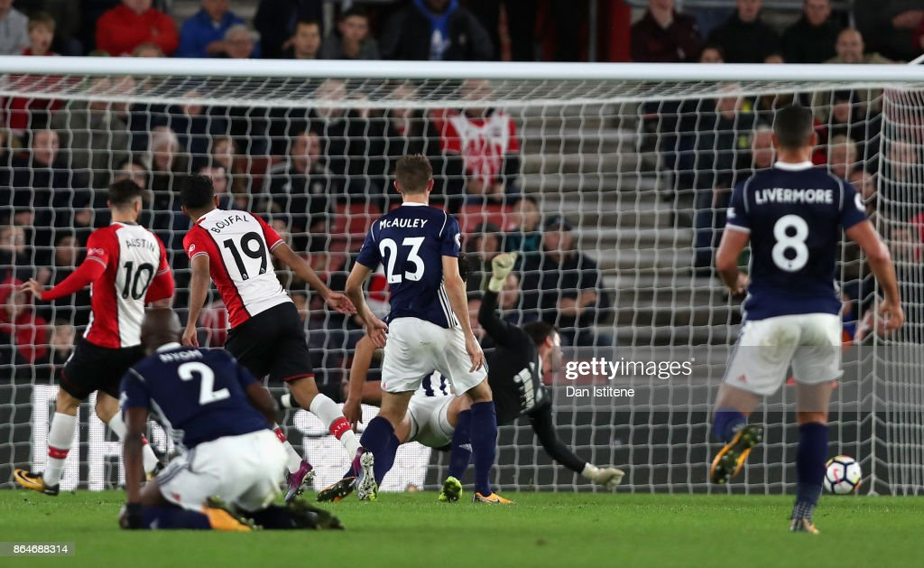Sofiane Boufal of Southampton scores his sides first goal during the Premier League match between Southampton and West Bromwich Albion at St Mary's Stadium on October 21, 2017 in Southampton, England.