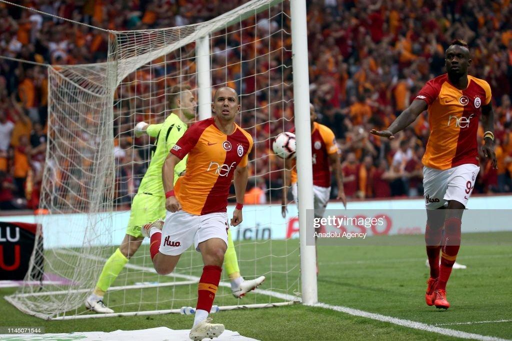 Galatasaray vs Medipol Basaksehir : Turkish Super Lig : Foto di attualità