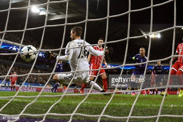 Sofiane Hanni midfielder of RSC Anderlecht scores a goal against Sven Ulreich goalkeeper of Bayern during the UEFA Champions League group B match...