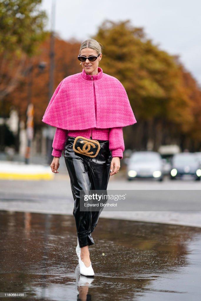 Street Style : Paris Fashion Week - Womenswear Spring Summer 2020 : Day Nine : News Photo