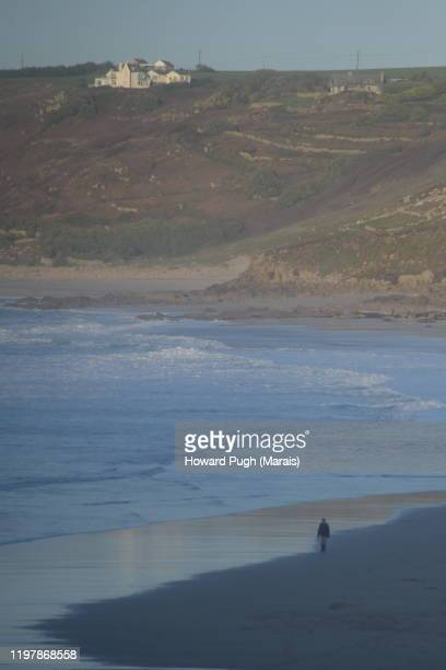 soft focus beach cove - solitary beach comer - howard pugh stock pictures, royalty-free photos & images