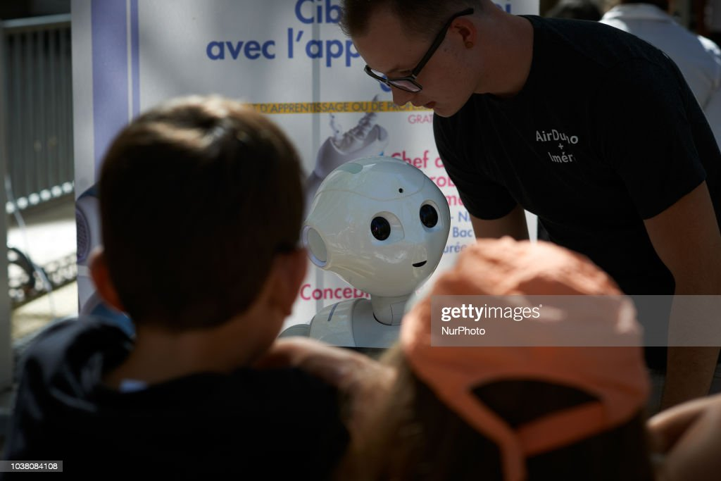 Robots Race In Toulouse, France : News Photo