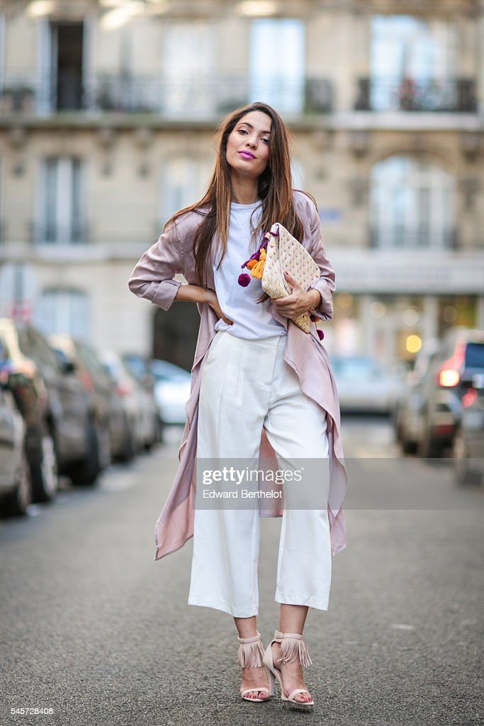 Street Style - Paris - July 2016 : News Photo