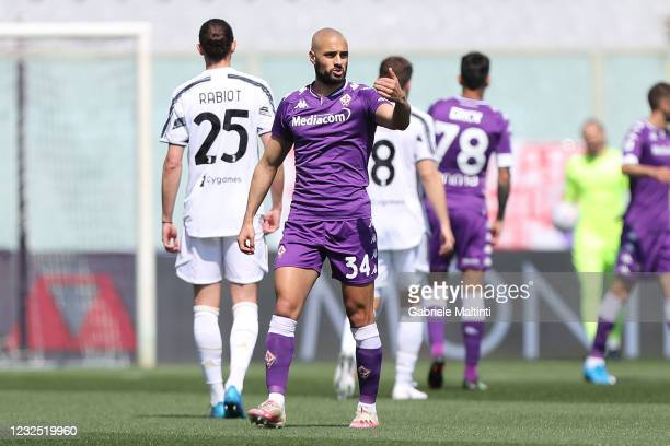 Sofyan Amrabat of ACF Fiorentina gestures during the Serie A match between ACF Fiorentina and Juventus at Stadio Artemio Franchi on April 25, 2021 in...