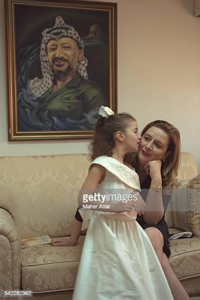 Soha Arafat and her daughter Zahwa at home