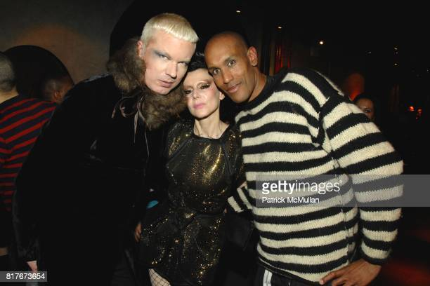 Soitne Deluxe Susanne Bartsch and Brad Englund attend DAVID BARTON SUSANNE BARTSCH host ANNUAL TOY DRIVE at David Barton Gym on December 10 2010 in...