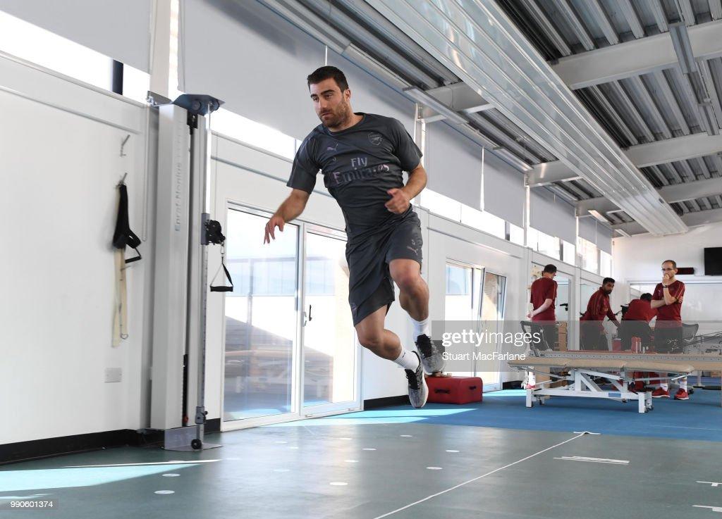 Arsenal Players Pre-Season Training Session : News Photo