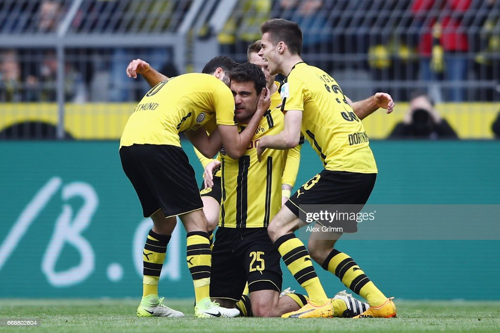 Borussia Dortmund v Eintracht Frankfurt - Bundesliga
