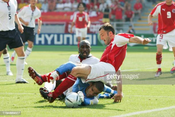 Sol CAMPBELL, David JAMES of England and Stephane CHAPUISAT of Switzerland during the European Championship match between England and Switzerland at...