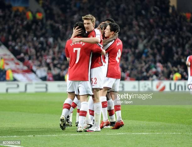 Sol Campbell / Nicklas Bendtner FC Porto / Arsenal 1/8 de Finale de la Ligue des Champions League Stade du Dragon