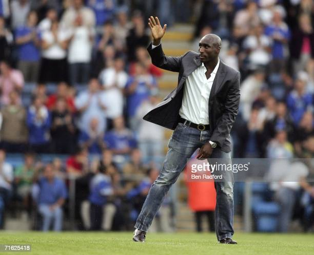 Sol Campbell waves to the Portsmouth fans before the pre season friendly between Portsmouth and Porto at Fratton Park on August 10, 2006 in...