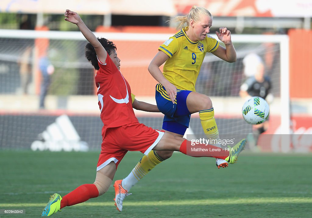 Sweden v Korea DPR: Group A - FIFA U-20 Women's World Cup Papua New Guinea 2016 : News Photo