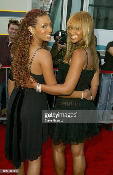 Solange Knowles and Beyonce Knowles during The 30th Annual American Music Awards Arrivals at Shrine Auditorium in Los Angeles California United States