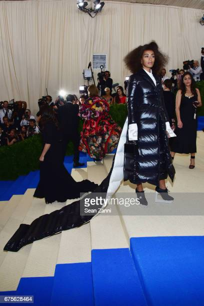 Solange Knowles arrives at Rei Kawakubo/Comme des Garcons Art Of The InBetween Costume Institute Gala at The Metropolitan Museum on May 1 2017 in New...